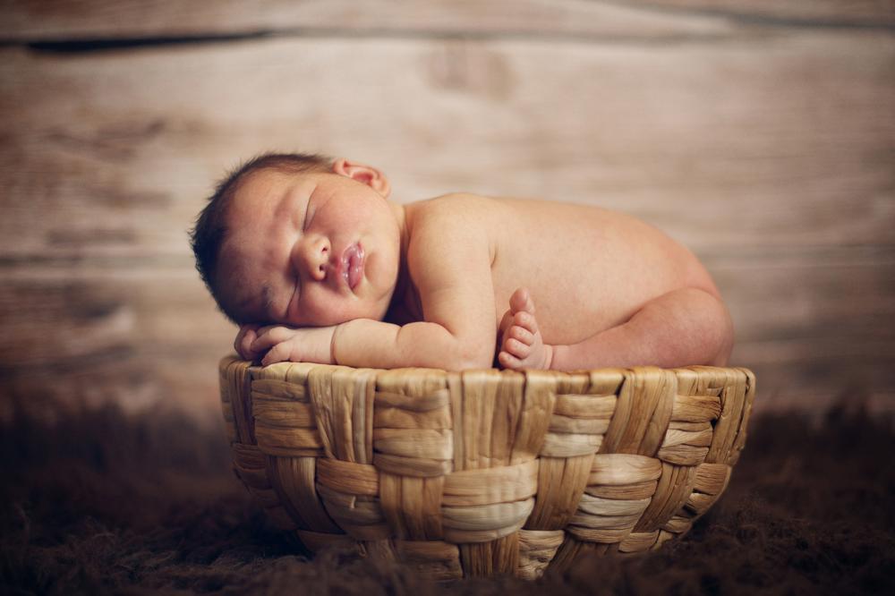 baby-straw-basket