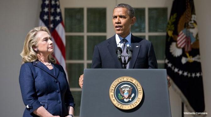 Barack-Obama-and-Hillary-Clinton-672