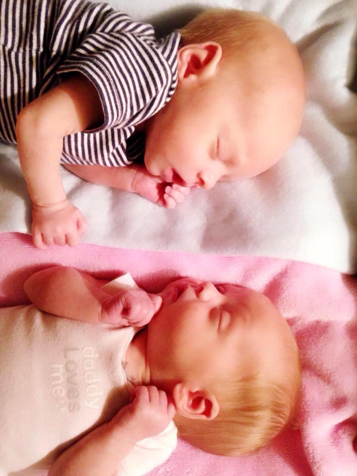 Mindy twins