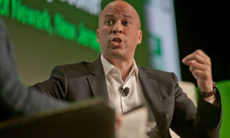 Cory booker, women, campaign, photo via flickr all creative commons