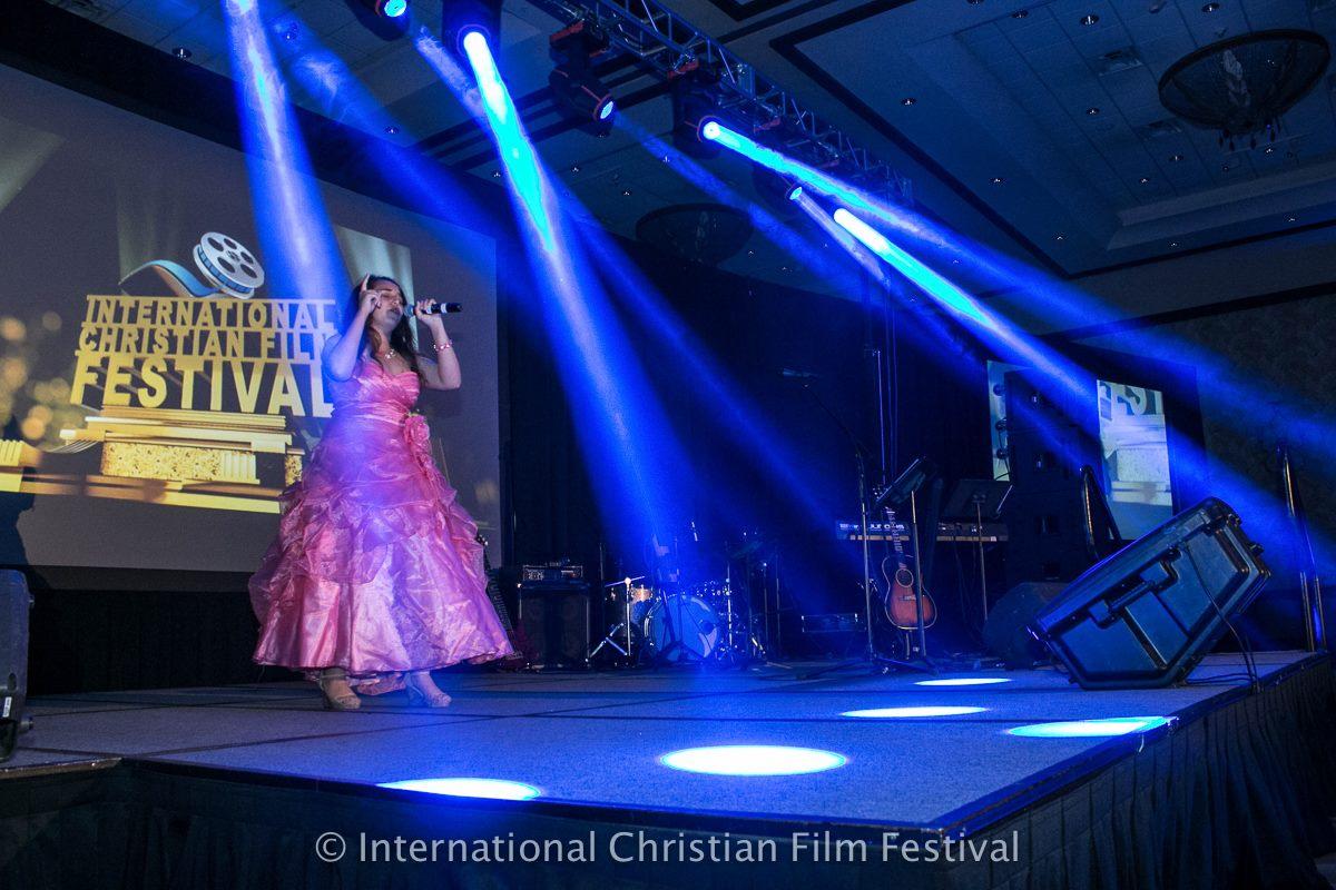 Astrid Victoria sings at ICFF