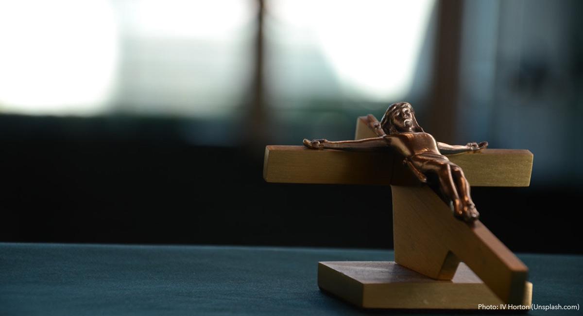 IV-horton-unsplash-crucifix-religious