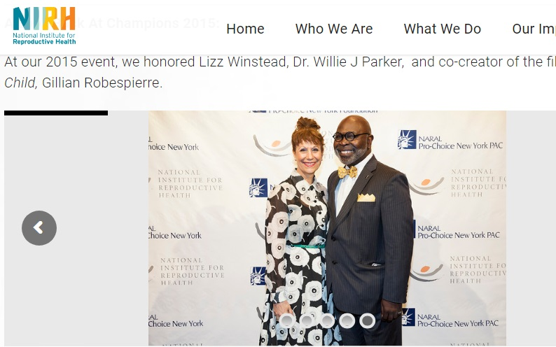 Image: Willie Parker 2015 NARAL Champion of Choice Award with Liz Winstead (Image credit NIRH)