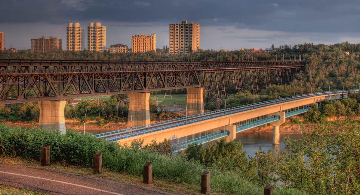 High_Level_Bridge_Edmonton_Alberta_Canada_Wikimedia